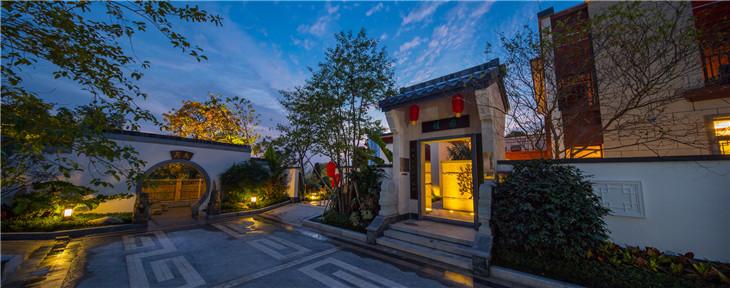 惠州中式合院别墅东江月岛成网红,8月底开盘深圳一房这里一栋。