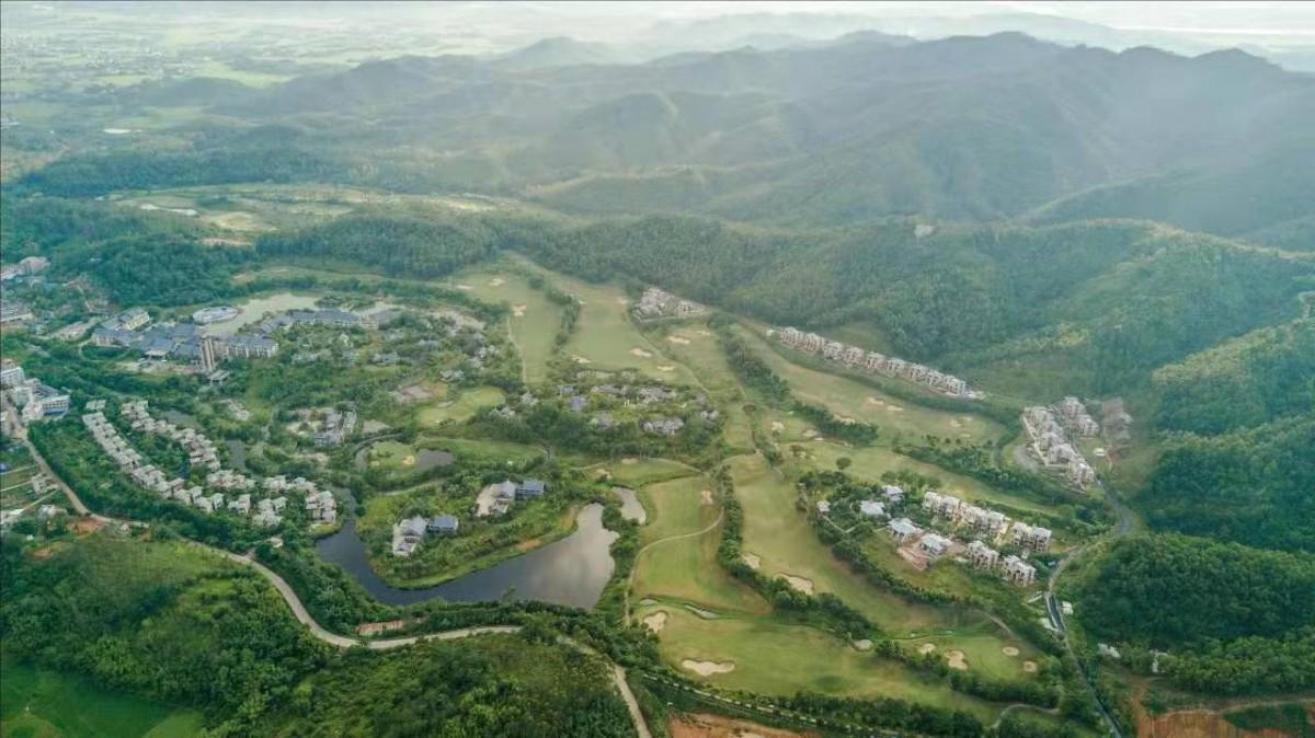 惠州惠林温泉入户320-569平双拼独栋现楼小别墅 价格650万起?95,125平联排价钱180万起?