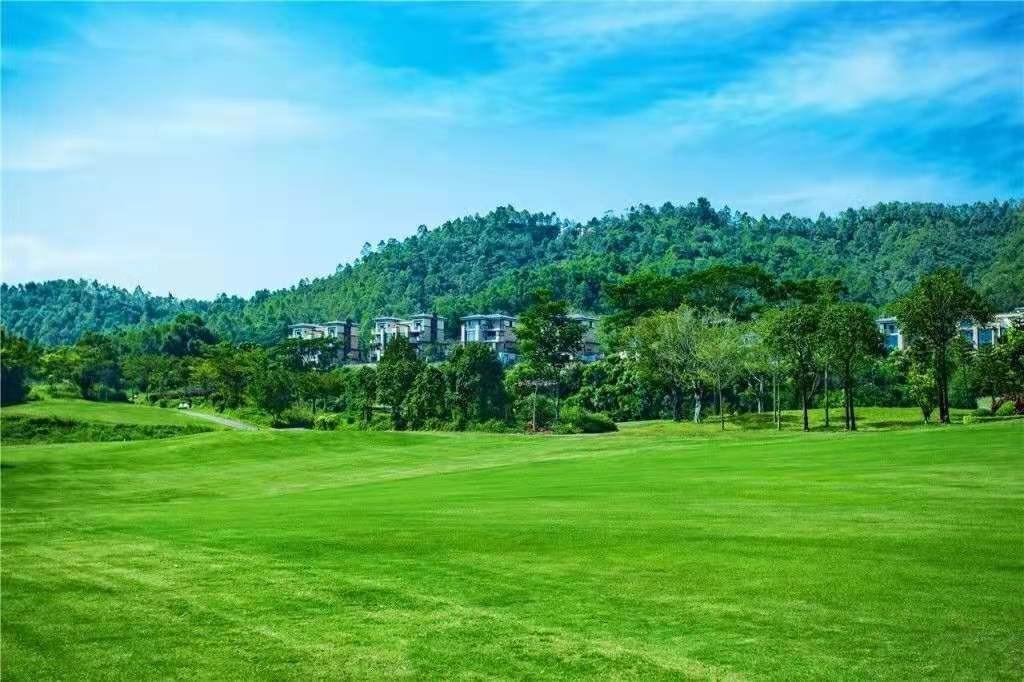 惠州富力惠林温泉产权40年有骗局 最便宜楼盘,300平首付120万吗,温泉入户还有高尔夫球场适合深圳人居家养老?